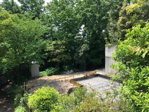 森に囲まれた翠松園M邸着工