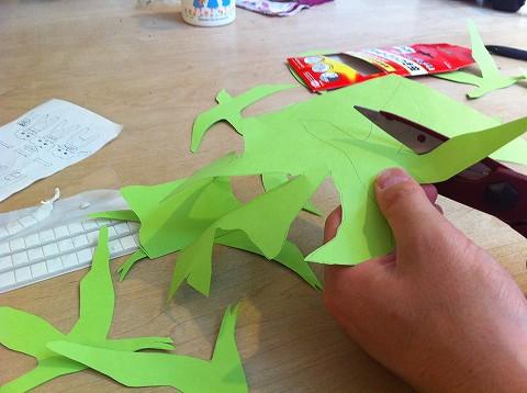 紙でできる自然を感じる空間