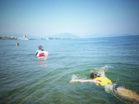 静かな奥琵琶湖