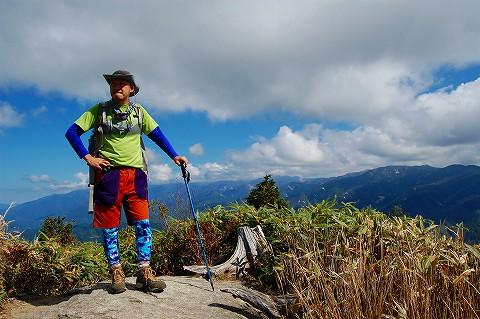 山岳部より南木曽岳登山レポート1