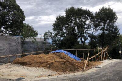 大森八龍の家F様邸造成工事始まりました